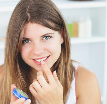 Что нельзя делать после татуажа губ