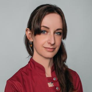 Анна Таис